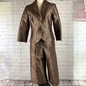 Cache brown with metallic thread suit size 8